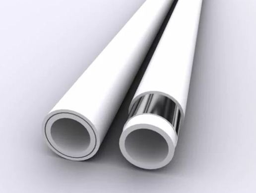 Для систем отопления с металлическими радиаторами лучше использовать антидиффузные трубы со сплошным алюминиевым слоем