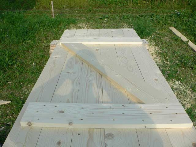 Дверь для сарая деревянная своими руками 154
