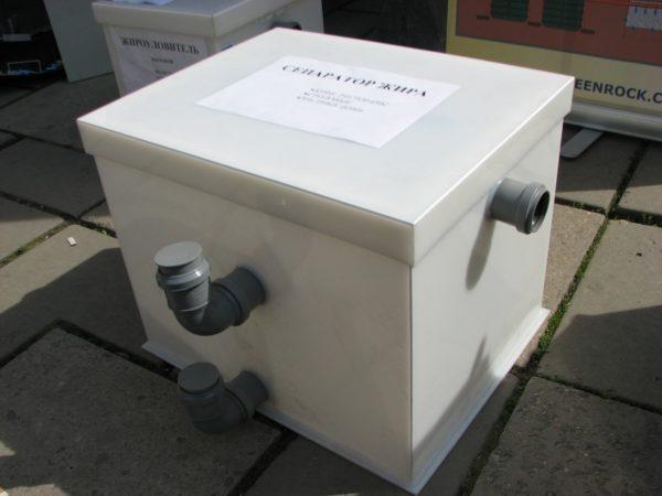 Компактная жироловка для установки на небольших кухнях