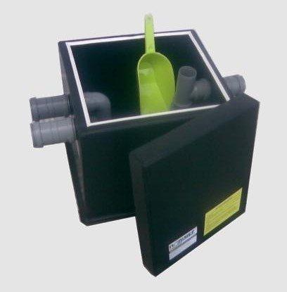 Квадратный пластиковый жироуловитель.