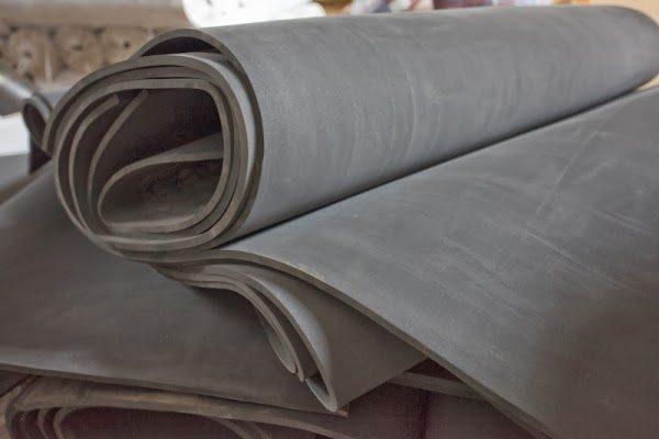 Микропористая резина - идеальный материал для прокладки.