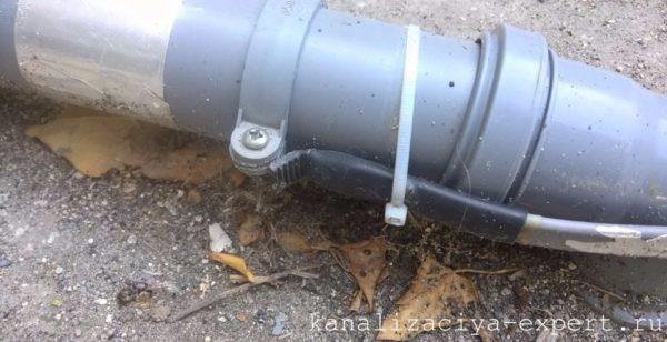 Обжатая термоусадочная трубка концевой муфты.
