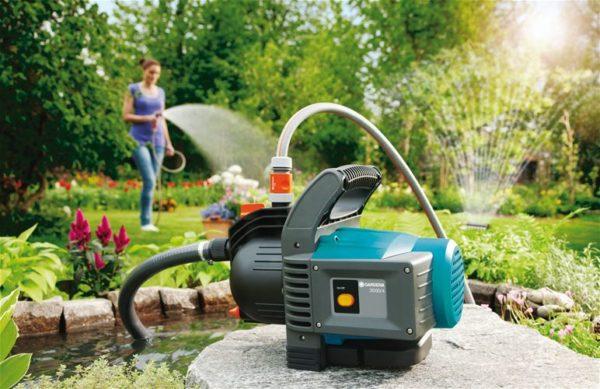 При наличии эффективной системы водоотведения можно смело поливать участок.