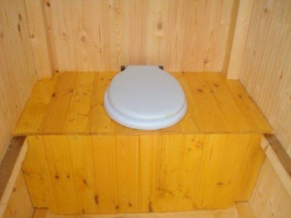 Пример стульчака дачного туалета