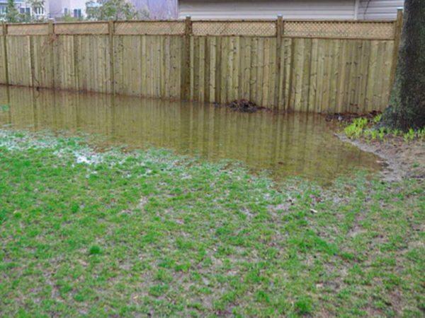 Сезонное затопление, бороться с которым можно только посредством эффективного дренажа