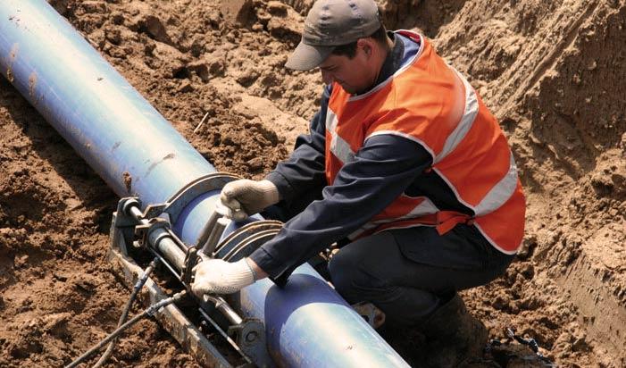 Соединение водопроводных труб