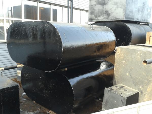 Стальные канализационные емкости заводского изготовления.