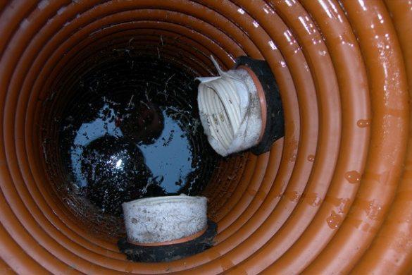 Так происходит утилизация сточных вод в пластиковом водосборнике