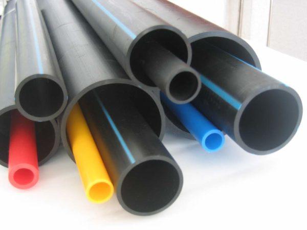 Трубы из полиэтилена для воды, газа и отопления.