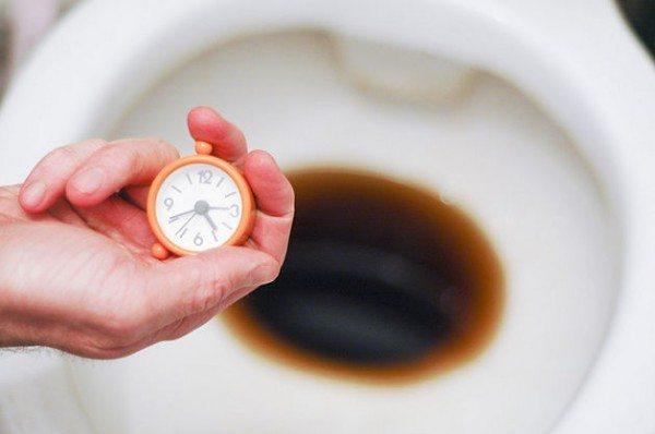 За один-два часа популярный напиток прекрасно растворяет все налеты и отложения.